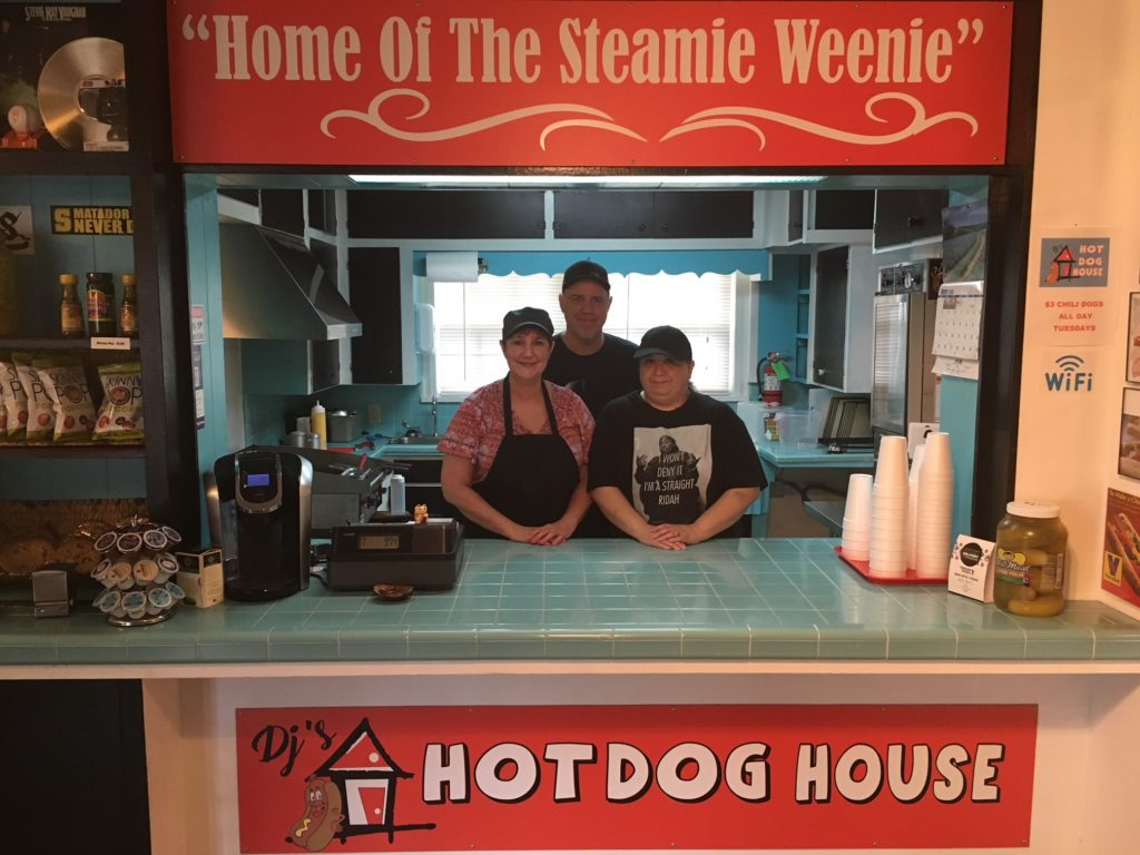 Client Spotlight: DJ's Hot Dog House (Seguin)